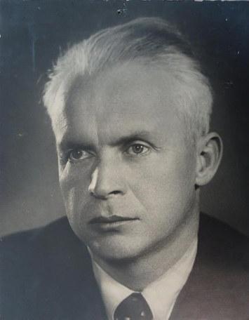 Александр Петрович Довженко