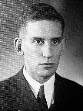 Валерий Францевич Перелешин