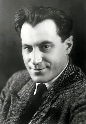 Евгений Петрович Петров