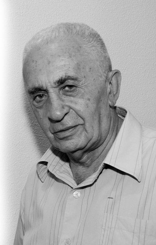 Ростислав Александров
