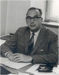 Александр Васильевич Бахрах